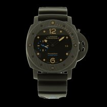 Panerai Luminor Submersible 1950 Carbotech limitée 800 Pcs