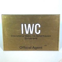 IWC Showcase Display - Gold Color