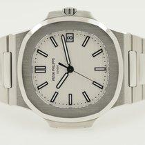 Patek Philippe Nautilus 5711 Steel White/Silver Dial