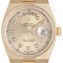 Rolex Men's Rolex 18k Gold Oysterquartz President Day-Date...