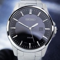 Seiko Solar Quartz Rare Mens Japanese Watch Black Dial 40mm...