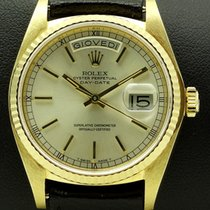Rolex Day-Date 18 kt yellow gold, ref. 18038, full set