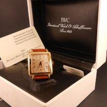 IWC Di Forma carré