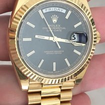 Rolex Day-date President 40mm 18k Gold 228238 Black Motif Dial