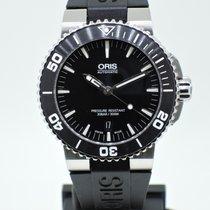Oris Aquis Date black dial
