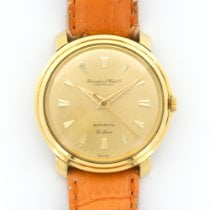 IWC Vintage Yellow Gold Deluxe Automatic Strap Watch