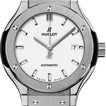 Hublot Classic Fusion Titanium Opalin Automatic 33 mm