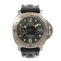 Panerai Titanium Panerai Luminor Submersible Watch  PAM25