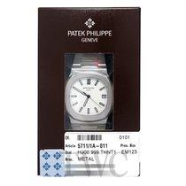 Patek Philippe Nautilus Silvery-white/Steel 40mm