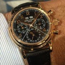 Patek Philippe 5004R with black dial