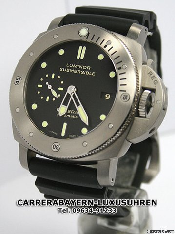 Panerai Submersible Titan PAM305