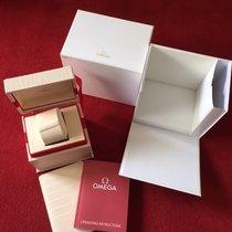 Omega Top Omega Box mit Beschreibung und Lederinlay