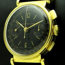 Universal Genève Vintage Chronograph 18 Kt yellow gold, from...