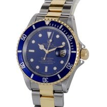 Rolex Oyster Perpetual Submariner Date Rolesor Watch 16613