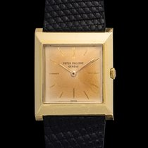 Patek Philippe Vintage 3404 square time only 18kt yellow gold
