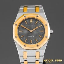 Audemars Piguet Royal Oak  Mid-Size 30 mm Lady 18K Gold &...