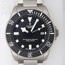 チュドール (Tudor) 25500TN Pelagos Steel Blac dial
