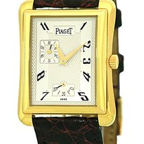 """Piaget """"Classique Tank Automatique"""" Strapwatch."""