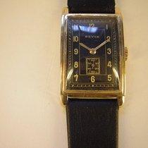 Revue Thommen vintage Curvex in 14k Gold,  ca. 1940