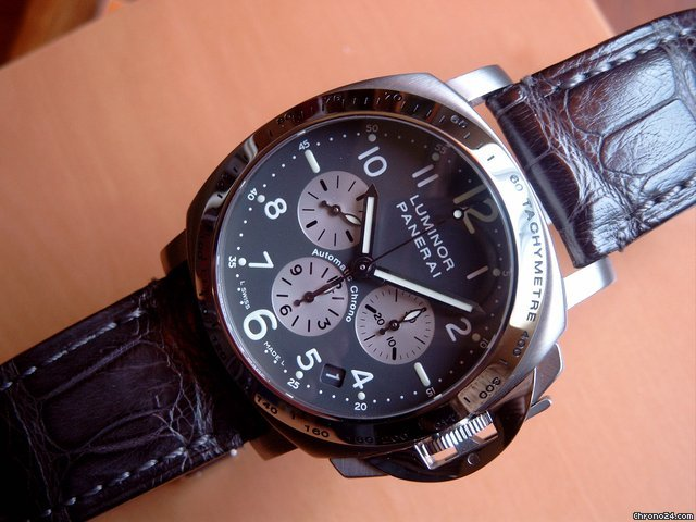 Panerai Luminor Chrono 40mm PAM 00121 AC/TITAN Zenith El Primero