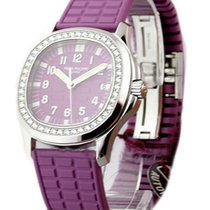 Patek Philippe 5067A - 016 Ladys Aquanaut Luce - Diamond Bezel...