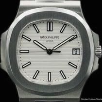 パテック・フィリップ (Patek Philippe) Ref# 5711, Nautilus, white dial