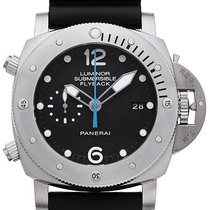 Panerai Luminor Submersible 1950 3 Days Chrono Flyback Titan...