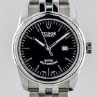Tudor Glamour 31