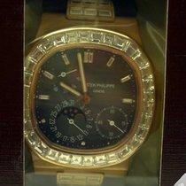 Patek Philippe Nautilus Baguette Bezel Double Sealed 5724R-001