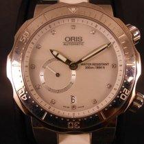 Oris Divers Titan ´C´ Small Second Date Diamonds