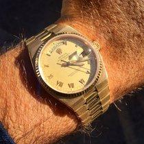 Rolex Rare Day-Date Oysterquartz tout Or jaune 18K Ref 19019