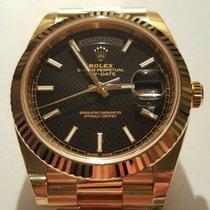 Rolex DAY DATE II GOLD BLACK DIAGONAL MOTIF DIAL