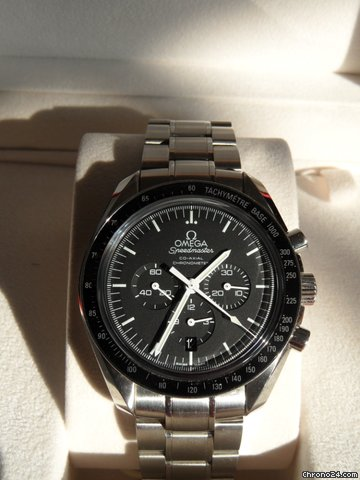 Omega Speedmaster co-axial big size