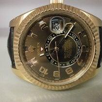 Rolex Skydweller 326135 18k Rose 42mm Gmt Strap Watch Box/book...