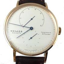 Nomos Lambda 39 mit blauen Zeigern