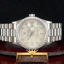 Rolex Day-Date Weißgold/18kt. DIAMANTLÜNETTE & DIAMANTZIFF...