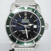 Breitling Superocean Heritage 42 mm Lünette grün