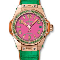 Hublot : Big Bang One Click Pop Art King Gold Apple Watch