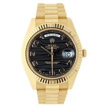 Rolex DAY-DATE II 41mm 18K Yellow Gold Black Wave Dial  2007