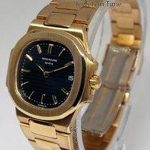Patek Philippe Ladies 4700 Nautilus 18k Yellow Gold Watch 4700/1