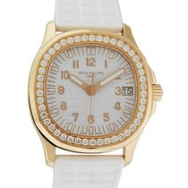 Patek Philippe 5068R-010 Aquanaut Ladies 35.6mm Embossed White...