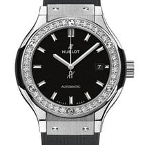 Hublot : 33mm Classic Fusion Titanium Diamonds Watch