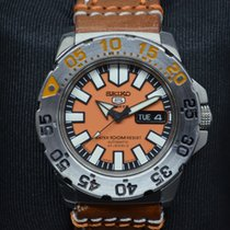 Seiko 5 SPORTS DAY DATE AUTOMATIC
