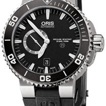 Oris Aquis Titan Small Second, Date