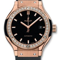 Hublot : Classic Fusion 33mm King Gold Diamonds Watch