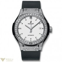 Hublot : 33mm Classic Fusion Titanium Opalin Pave Watch