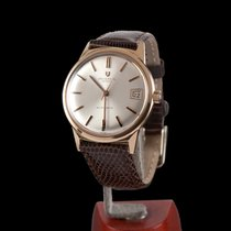 Universal Genève Classic Yellow Gold Automatic Men Size