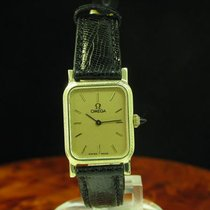 Omega 14kt 585 Gold Handaufzug Damenuhr / Ref 1211 / Kaliber 1100