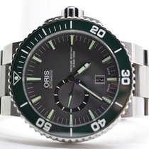 Oris Divers Small Second, Date Green