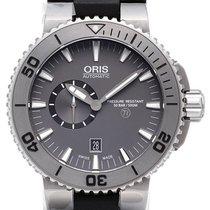 Oris Aquis Titan Small Second Date